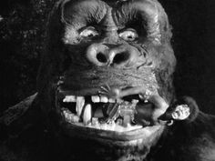 King Kong (1933) ~ This is a FULL SIZE head where a native actor can actually crawl into the giant apes mouth, and pretend that he's being chewed up ! Very COOL !