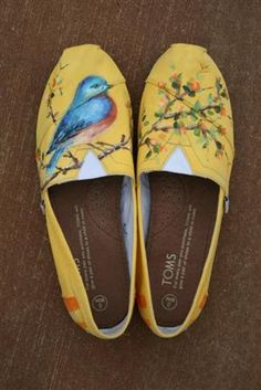 bbee3a8ee876d8 Painted shoes . . . One day someone will let me do this for them Bird