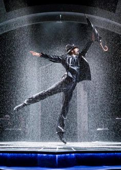 Weather machine will bring 'real rain' to Octagon Theatre for classic musical Singin' in the Rain (From The Bolton News)