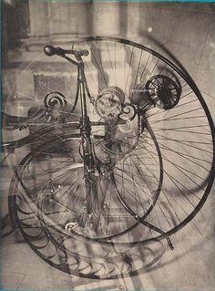 Germaine Krull Roues de vélo, Métal, ca. 1929 © Germaine Krull