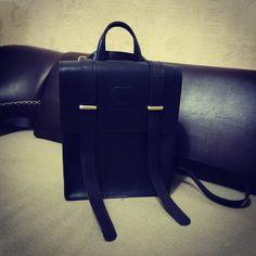 2 отметок «Нравится», 1 комментариев — Алексей Железников (@zheleznikoff) в Instagram: «Рюкзак из кожи  #рюкзакизкожи #рюкзак #изкожи #дляжены #своимируками #хобби #дайтебольшекожи…»