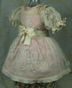 BEAUTIFUL ANTIQUE DRESS FOR A BISQUE FRENCH OR GERMAN DOLL