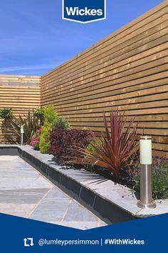 Back Gardens, Small Gardens, Outdoor Gardens, Garden Fence Panels, Garden Walls, Back Garden Design, Flower Garden Design, Garden Paving, Garden Landscaping