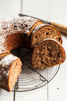 Foolproof Vegan Applesauce Spice Cake | The Full Helping