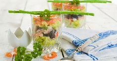 verrines-crevettes-saumon-et-avocat-aux-olives