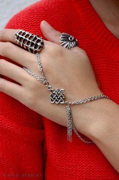 Prettyyy   Gypsy Silver Chain Hand
