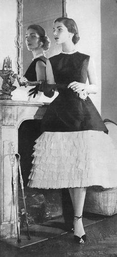 Balenciaga ♥ Vogue 1956