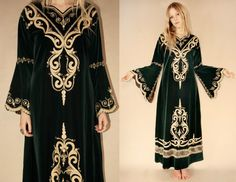 d08757a01bad Vintage 70s Magical Forest Green Velvet by LucyInDesguise on Etsy,  kr1300.00 Magical Forest