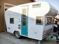 Little Vintage Cottage: Miss Maizy's New Outfit - Painting My Little Vintage Trailer