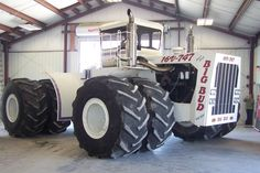 Big Tractors, Vintage Tractors, Heavy Construction Equipment, Heavy Equipment, John Deere 4320, 16 V, Rubber Tires, Big Boys, Monster Trucks