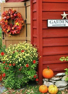 Love the colors to re-paint my shed this Summer. Plus, add the garage door metal decor to the doors for an added touch.