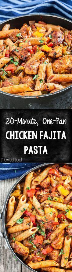 20-Minute, One-Pan Chicken Fajita Pasta. Weeknight dinner never tasted so good. #healthy #mexican #maindish