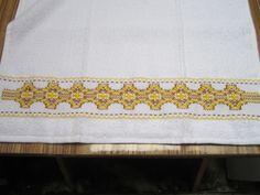 Vagonite en toalla bordado por Deyanira