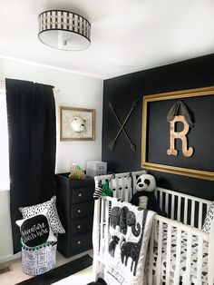 Black and White Nursery Decor. Black and White Nursery Decor. Baby Boy Nursery Room Ideas, Baby Room Set, Baby Nursery Neutral, Baby Bedroom, Baby Boy Rooms, Baby Room Decor, Girl Nursery, Nursery Art, Gold Nursery Decor