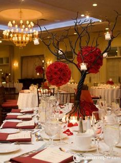 Centerpieces, good for on green or white table cloth