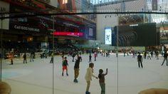 Skating rink at the Dubai Mall
