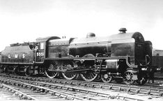 LMS Patriot Locomotive Project 45551 The Unknown Warrior Old Steam Train, Old Wagons, Abandoned Train, Steam Railway, Train Art, British Rail, Train Engines, Steam Engine, Steam Locomotive