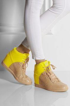 Nike Womens Sneaker Wedges