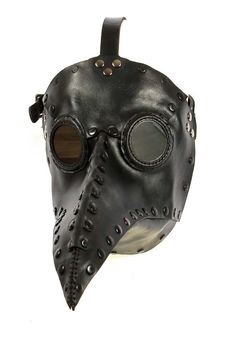 Image from http://macabregallery.com/upload/plague-doctor-mask-in-black-leather-478.jpg.