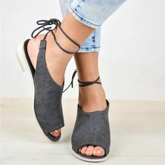 Valentine s Day Sale!  EnvyWe  BerryLook -  berrylook Plain Flat Ankle  Strap · Zapatos ... 1a433ddc6c7