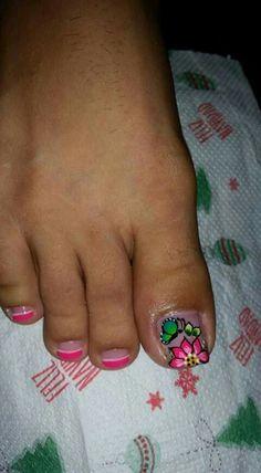 Summer Toe Nails, Toe Nail Art, Nail Art Designs, Hair Beauty, Leo, Drawing, Vestidos, Simple Toe Nails, Pretty Toe Nails