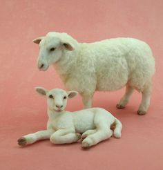 Kerri Pajutee - Miniature Animals with Detailed Coats of Hair and Fur: Custom Flocking for Accurate Coats Needle Felted Animals, Felt Animals, Cute Animals, Polymer Clay Animals, Polymer Clay Dolls, Sheep Art, Needle Felting Tutorials, Sheep And Lamb, Paperclay