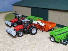 Model Farm Monday Week 177   Customs & Display Journals ®   Toy Talk   The Toy Tractor Times Online Magazine
