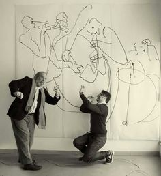 This fast and frenetic line drawing describes the liveliness and movement of a jazz band.