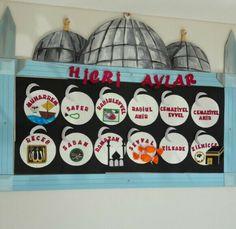 Yeni panolarımız Eid Crafts, Crafts For Kids, Elementary Education, Kids Education, Islam For Kids, Class Decoration, Kids And Parenting, Teaching Kids, Activities For Kids