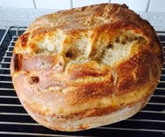 Anjas Buttermilchbrot Recipe Anja's buttermilk bread from ahoelter – recipe in the category bread & rolls No Bake Treats, No Bake Desserts, Dessert Recipes, Cute Baking, Fall Baking, Pampered Chef, Buttermilk Bread, Baking Utensils, British Baking