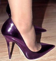 The pleasure of high Heels: Purple pumps nude pantyhose Platform High Heels, Black High Heels, High Heels Stilettos, High Heel Boots, Stiletto Heels, Sexy Heels, Strappy Heels, Pantyhose Heels, Stockings Heels