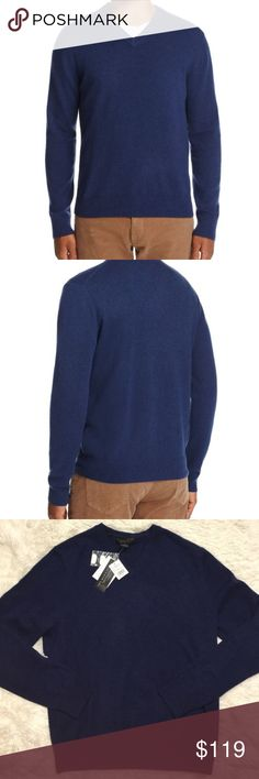 The Men's Store Bloomingdales Large Cashmere Navy The Men's Store Bloomingdales Large Cashmere Navy Blue V Neck Sweater L NEW NWT Total length is 29 inches, unstretched.  Chest is 46 inches unstretched. Bloomingdale's Sweaters V-Neck