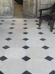 Carrelage octogonal 30x30 blanc mat ou noir mat et for Carrelage cabochon