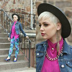 Bright Idea (by Samii  Ryan) I want an ear cuff like this so bad >.<