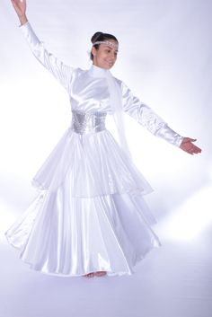 Current dancewear and top-rated leotards, swing transfer, valve and party sneakers, hip-hop clothing, lyricaldresses. Hip Hop Outfits, Dance Outfits, Praise Dance Wear, Worship Dance, Jazz Dance, Garment Of Praise, Dance Shirts, Ballroom Dance Dresses, Latest African Fashion Dresses