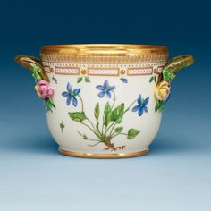 A ROYAL COPENHAGEN 'FLORA DANICA' WINE COOLER, DENMARK, 20TH CENTURY.