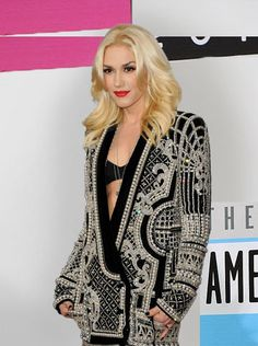 Gwen Stefani wearing Blmein