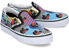 Tenisi baieti preturi gasesti daca accesezi aceasta pagina. Verifica acum in zeci de magazine online perechea de tenesi pentru baieti care ti se potriveste cel mai mult. Incepe cautarea acum si alege perechea de tenesi potrivita! Vans Classic Slip On, Vans Authentic, Mai, Sneakers, Shoes, Tennis, Slippers, Zapatos, Shoes Outlet