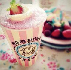 Aguardem... #icecream #foodtruck #kombi