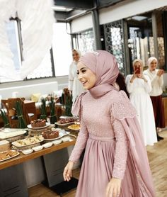 Super Ideas for dress hijab party muslim – Hijab+ – Hijab Fashion 2020 Hijab Prom Dress, Hijab Gown, Kebaya Hijab, Kebaya Dress, Hijab Wedding Dresses, Hijab Outfit, Kebaya Modern Hijab, Dress Wedding, Homecoming Dresses