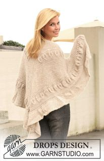 """Knitted DROPS shawl with garter st and leaf pattern in """"Alpaca"""" and """"Kid-Silk"""". ~ DROPS Design"""