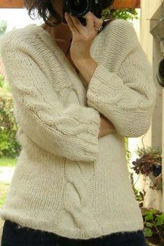 Mon pull filé et tricoté main! Ya pas à dire l'association filage et tricot c'est le recette du bonheur!