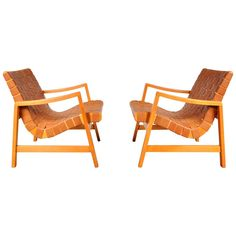Pair of 'Vostra' Easy Chairs by Jens Risom for Knoll in Brown Woven Strap Leather ca.1941