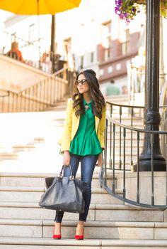 Verde + amarelo + vermelho e jeans