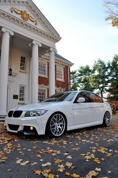 BMW 3 series white I like that! Suv Bmw, Bmw E9, Bmw 328i, Audi Cars, E90 335i, Jdm, Bmw Girl, Luxury Private Jets, Bmw Wallpapers
