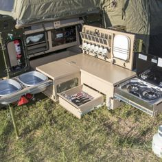 camp kitchen Top Camper Kitchen Ideas You Must Like This 07 Auto Camping, Truck Bed Camping, Off Road Camping, Camping Box, Van Camping, Camping Gear, Camping Hacks, Backyard Camping, Camping Coffee