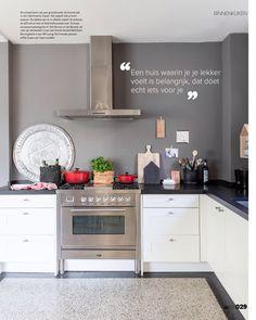 Keuken met boretti fornuis