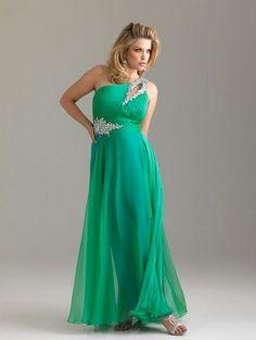 Imagen: vestido largo color verde.