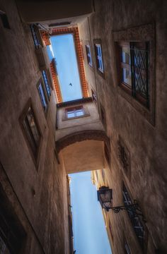 Alfama, Lisboa ... historic narrow streets of this enchanted neighborhood.