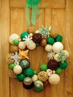 SALVAGE SECRETS: Recycled Craft Ideas and Winner of the Wreath Rivalry! Made by Joanne Palmisano, author of Salvage Secrets, photo by Susan Teare